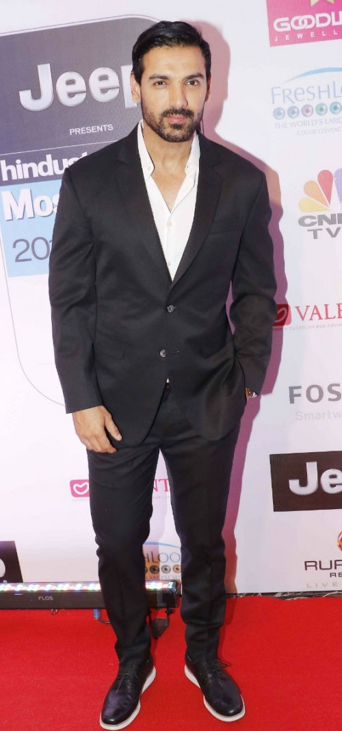 Yay or Nay? John Abraham wearing a suit with black trainers at the HT most stylish awards last night - SeenIt