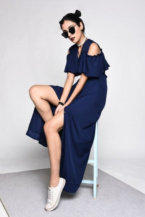 Please help me find this navy blue cold shoulder ruffled maxi dress with a slit. - SeenIt