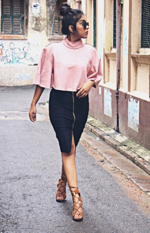 Help me find this same or a similar black pencil skirt with golden front zipper. So in love with this!! - SeenIt
