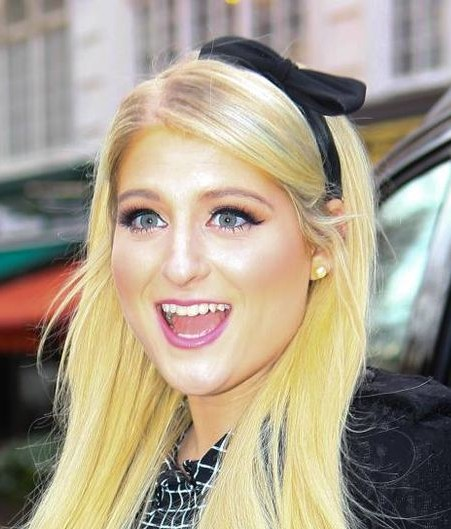 Help me find the black bow hairband that Meghan Trainor is wearing - SeenIt