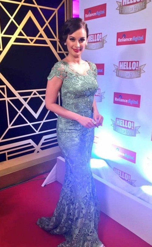 Yay or Nay? Evelyn Sharma wearing a green lace gown at the Hello Hall of Fame awards 2017. - SeenIt