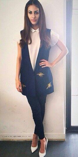 92480be16e76 Looking for this navy blue embroidered waistcoat that Amyra Dastur is  wearing. - SeenIt