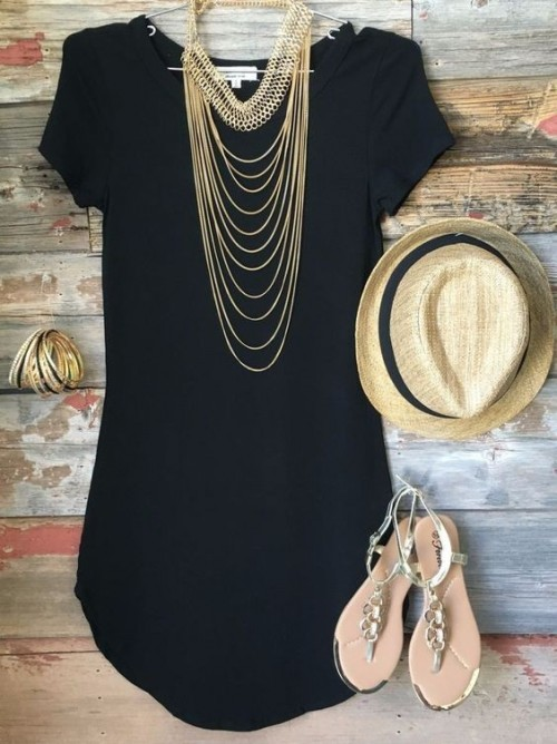 Help me find this black tunic dress with multi-layer gold necklace and bangles along with the sandals and hat to complete the look - SeenIt