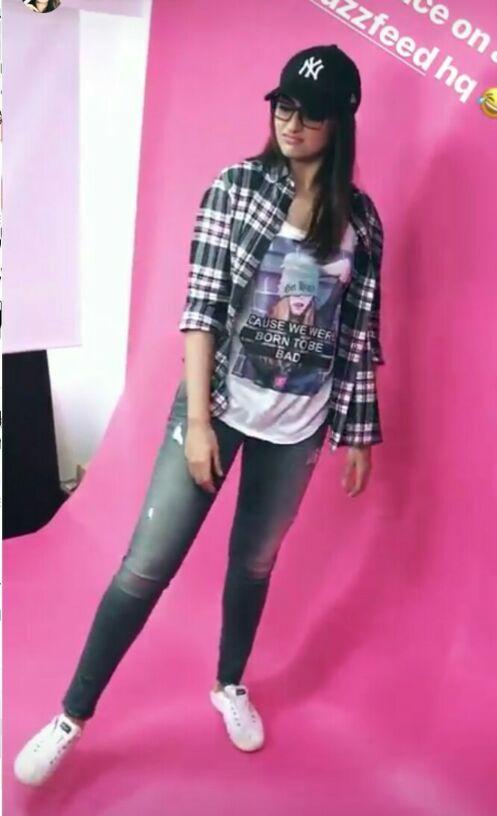 022751fff Shop sonakshisinha, cap, jeans, outfit, shirt, tshirt on SeenIt - 26063