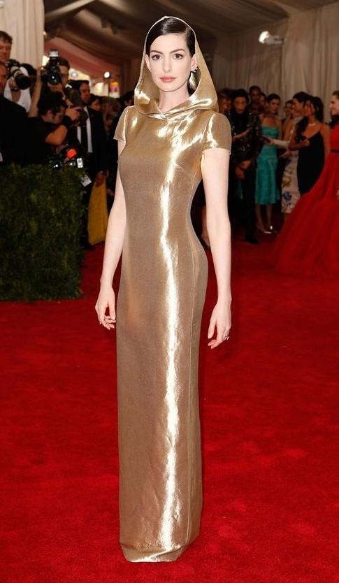 Shop annehathaway, party, dress on SeenIt - 26812