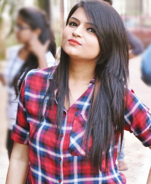 Yay or Nay? The red plaid shirt? - SeenIt