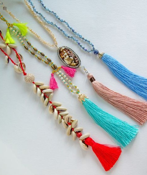 Find me these beaded necklaces with tassels. - SeenIt