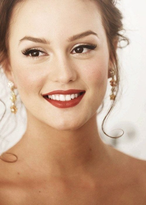 Looking for this brick red shade lipstick that Leighton Meester is wearing. - SeenIt