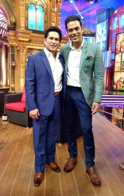 Looking for the white shirt with blue trousers and green blazer that Sameer Kochhar is wearing - SeenIt