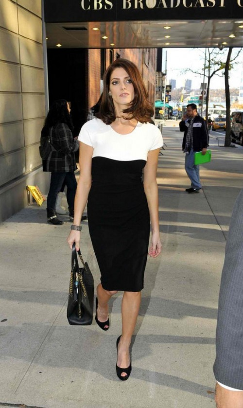 Looking for a similar black and white monochrome dress like the one Ashley Greene is wearing and also the black peep toe heels and top handle bag. - SeenIt