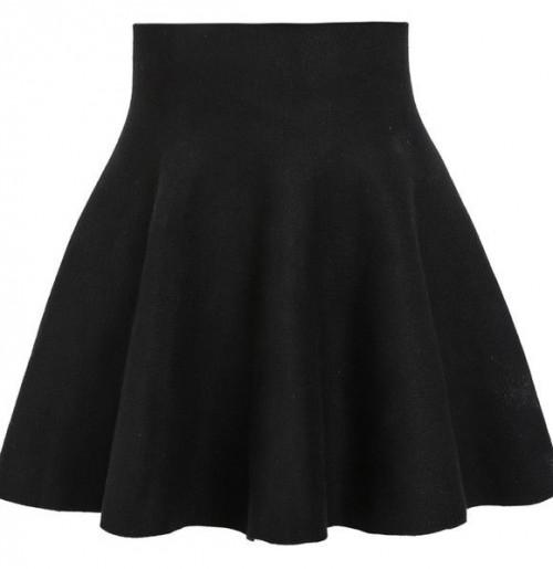 Similar to this black skater skirt. Indian links preferable - SeenIt