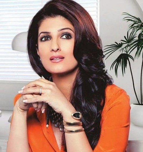Looking for the similar gold watch that Twinkle Khanna is wearing - SeenIt