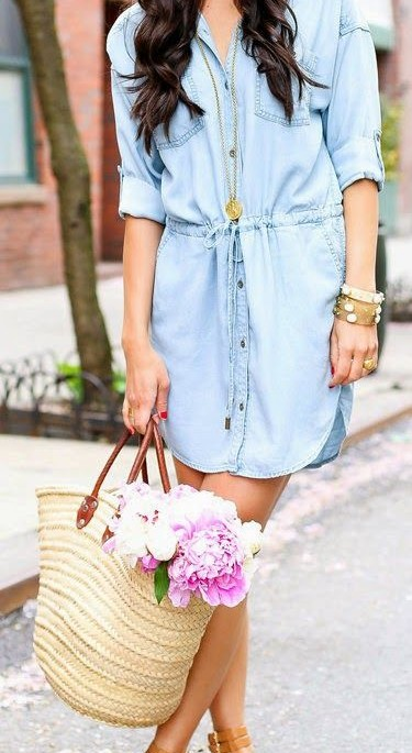 Looking for this denim shirt dress and the beige totebag - SeenIt