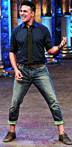Want this navy blue shirt with faded jeans and olive green tie that Akshay Kumar is wearing - SeenIt