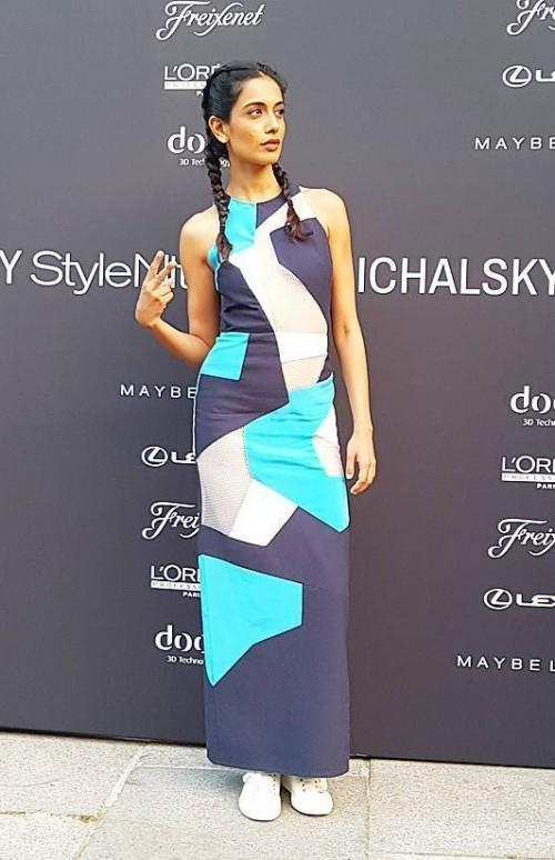 Yay or Nay? Sarah Jane Dias in navy blue, mint green, grey and white colour block maxi dress. - SeenIt