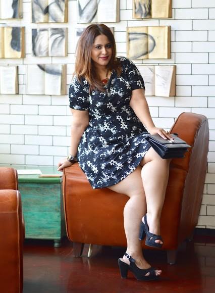 Looking for similar black and white floral dress, envelope clutch and black heels Apurva Sandhu is wearing - SeenIt