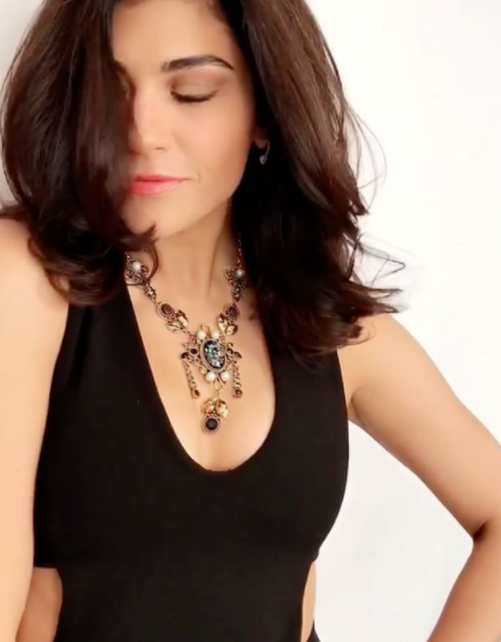 Find me this gold tone crystal embellished necklace that Archana Vijaya is wearing. - SeenIt