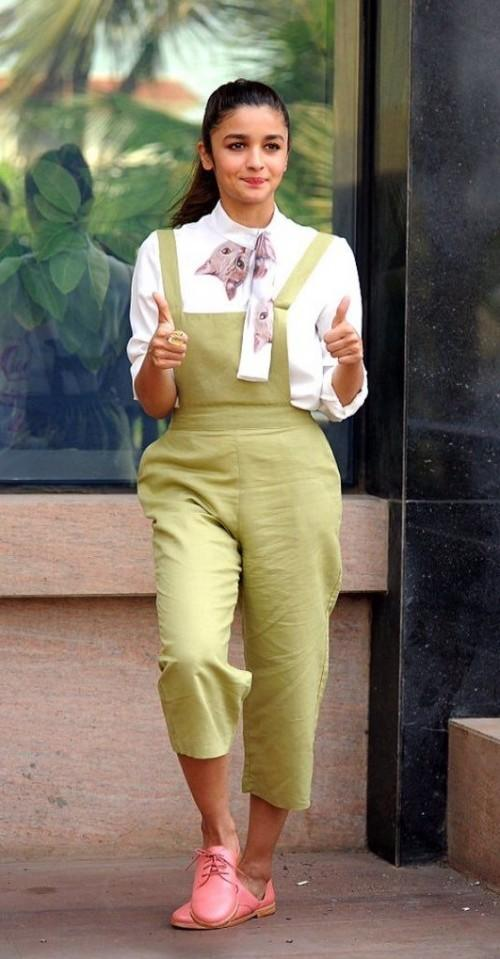 Want the green jumpsuit, white shirt and pink oxfords which Alia Bhatt is wearing - SeenIt