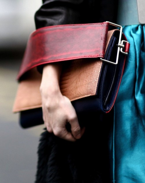 Want this colour blocked clutch - SeenIt
