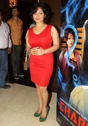 Need a similar red bodycon dress like Divya Dutta is wearing. - SeenIt