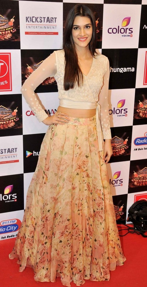 Looking for a similar floral maxi skirt with a white lace croptop as seen on Kriti Sanon. - SeenIt
