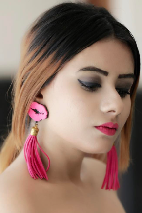 I'm looking for a similar pink tassels earrings and lipstick as seen on thestyleandmore - SeenIt