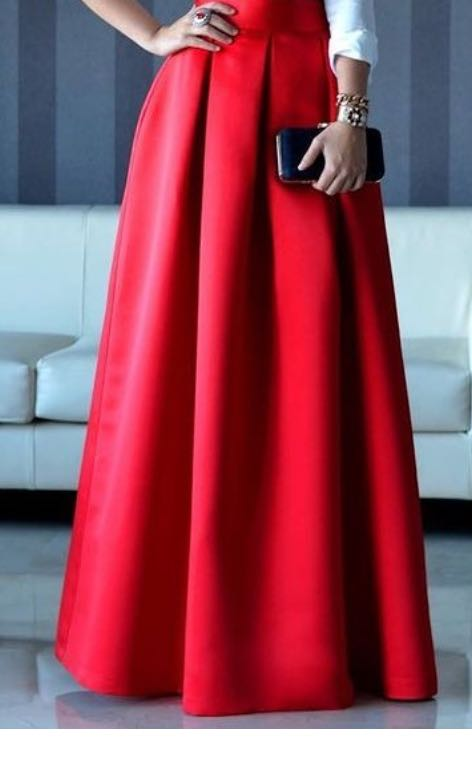 Want a red high-wasited pleated skirt - SeenIt