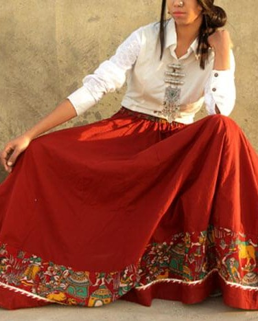 Have you seen this red maxi skirt with printed border? - SeenIt