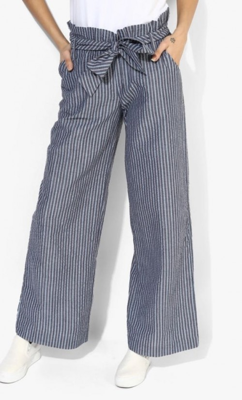 looking for a top to go with these pants - SeenIt