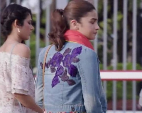 f0086f35d4b3 I m looking for alia bhatt jacket (embroidered at the back) in badrinath ki