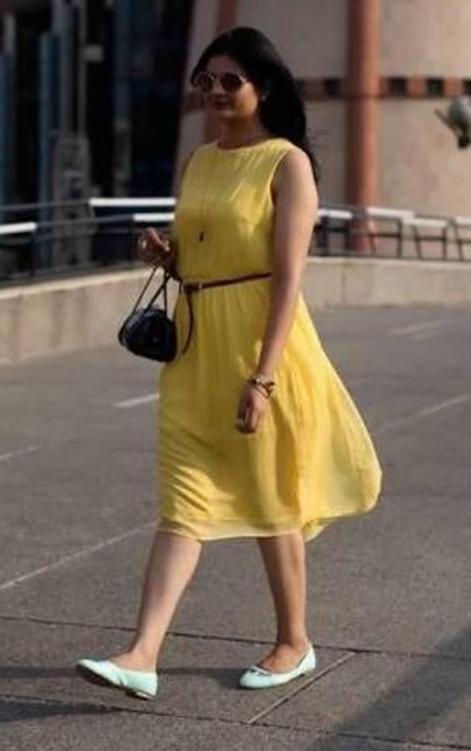 Looking out for similar yellow dress in medium size. - SeenIt