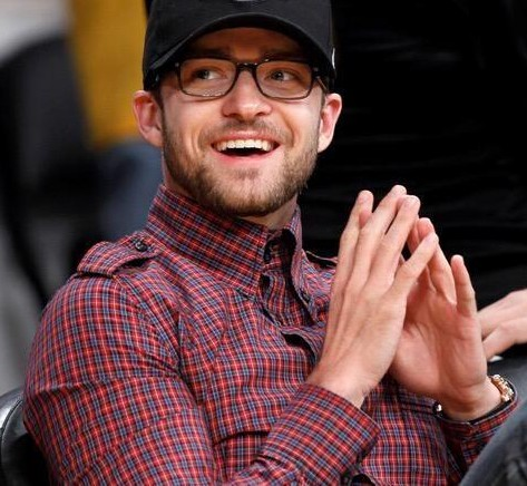 Looking for a similar plaid shirt as the one Justin Timberlake is wearing - SeenIt