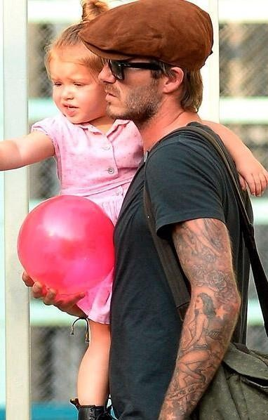 Looking for a similar brown cap that David Beckham is wearing to gift my father for fathers day - SeenIt