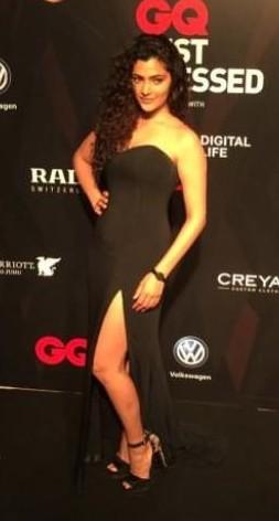 Yay or Nay ? Saiyami Kher at the GQ Awards 2017 wearing a black gown - SeenIt
