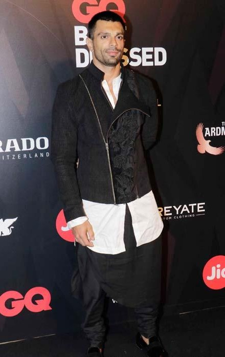 Yay or Nay? Karan Singh Grover also spotted  at the GQ Best Dressed Awards Red Carpet 2017 dressed in an idno-western attire - SeenIt