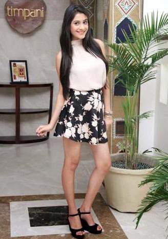 Latest hibanawab looks and outfits online   SeenIt