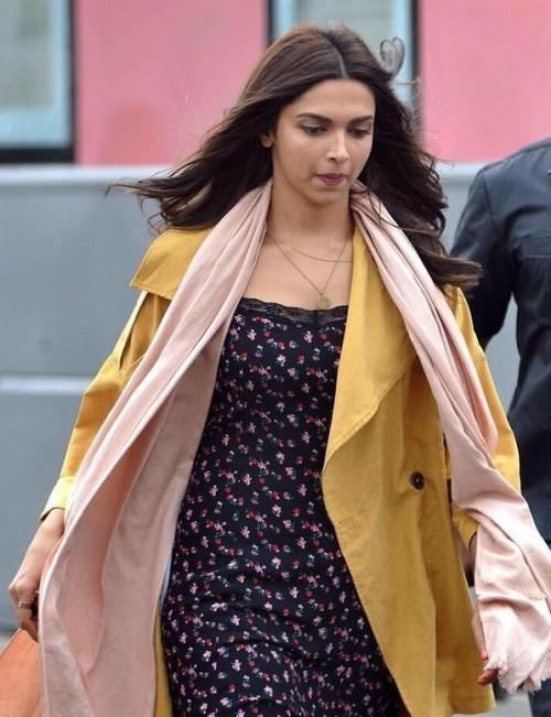 This one piece dress which Deepika Padukone wore in Tamasha - SeenIt