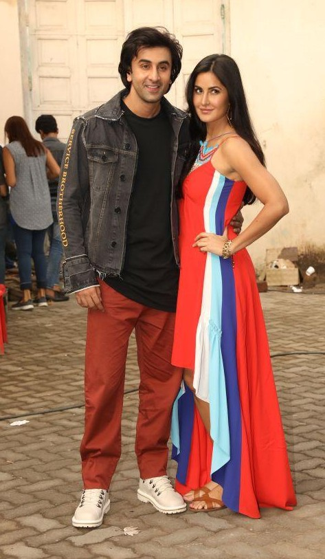 Help me find similar colored pants that Ranbir Kapoor wore while promoting his upcoming movie Jagga Jasoos - SeenIt