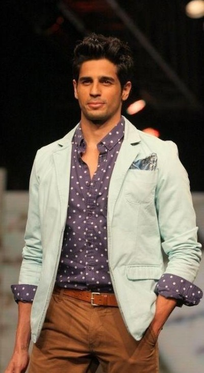 Looking for Sidharth Malhotra purple polka dotted shirt and brown belt and brown pants and pastel blue blazer - SeenIt