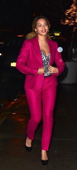 want this fuchsia colour suit seen on beyonce. - SeenIt