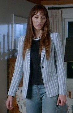 Want a similar striped blazer that Spencer is wearing - SeenIt