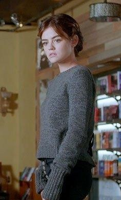 Aria's grey sweater is what I want - SeenIt