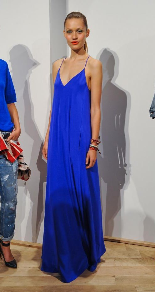 Can you help me find this blue cami maxi dress? - SeenIt
