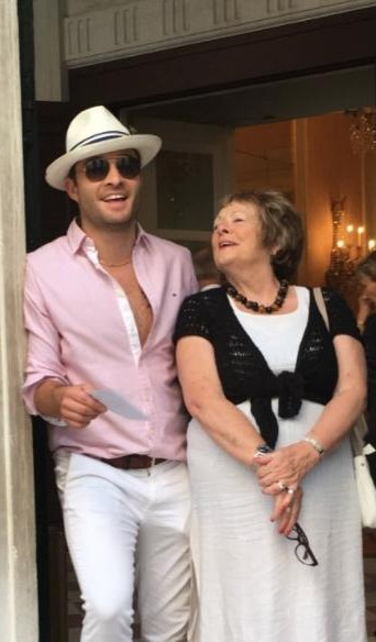 Looking for a similar offwhite hat, pink shirt and white pants as seen on Ed Westwick - SeenIt