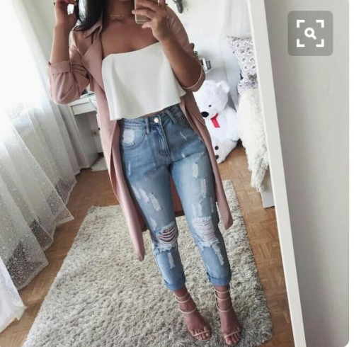 want these blue ripped blue jeans - SeenIt