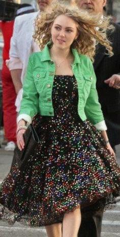 Carrie's green short jacket please - SeenIt