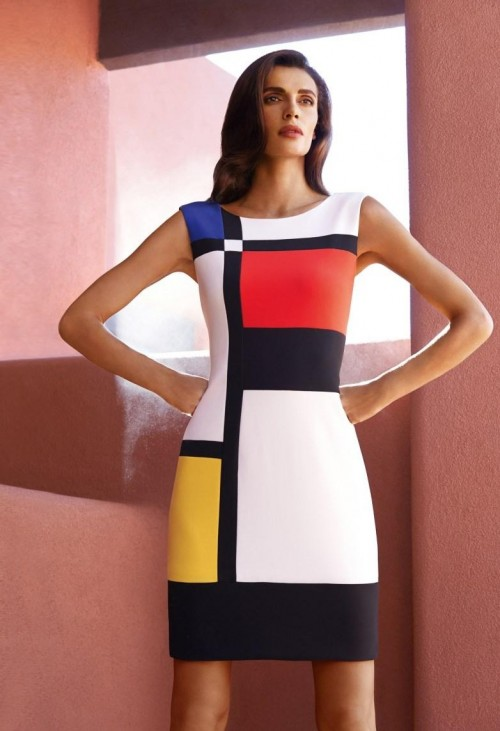 i am looking for this similar colour block dress as seen on her,help me find one? - SeenIt