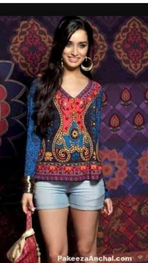 I'm looking for this or a similar top like the one which Shraddha Kapoor is wearing ...please help me find it - SeenIt
