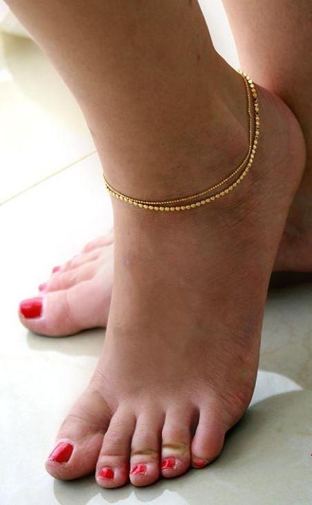 Help me find a similar golden anklet.. - SeenIt