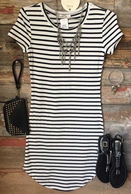Looking for a similar black and white stripes tunic dress, silver necklace, black shoes and black clutch - SeenIt